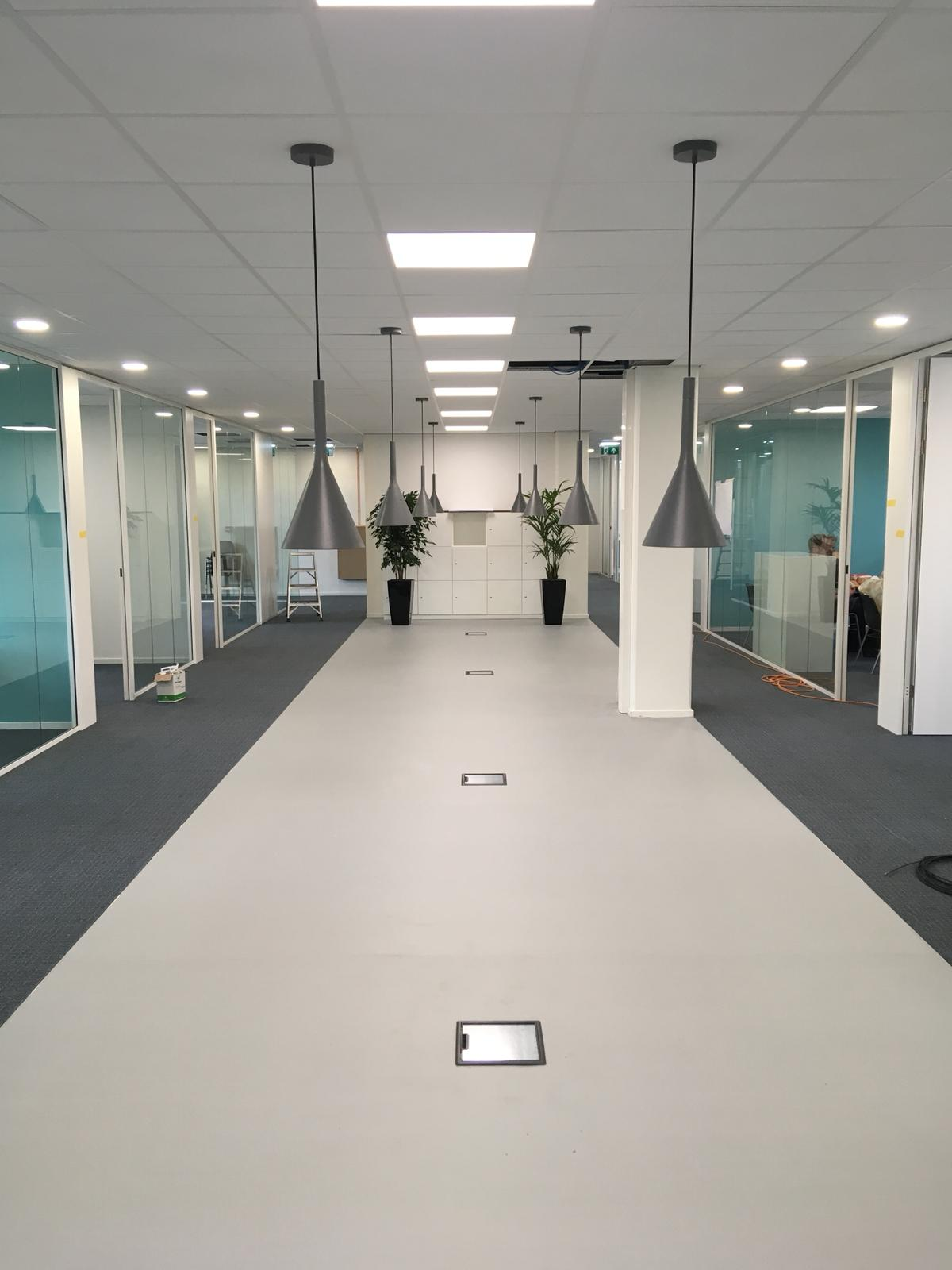 Verbouwing 2000m2 kantoorruimte te Hilversum