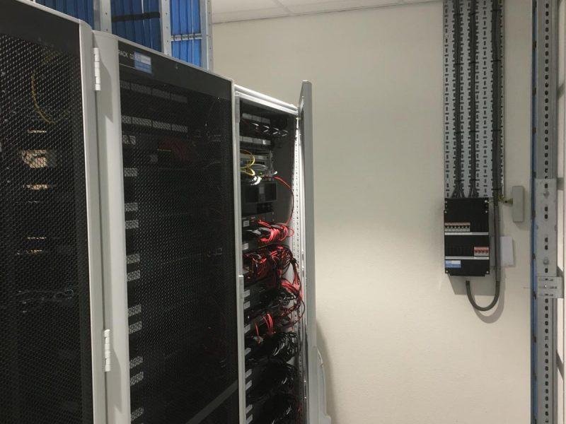 https://www.erdo-electro.nl/wp-content/uploads/2019/07/95259c84-90e2-46c3-b261-5d5910f703d2-800x600.jpg