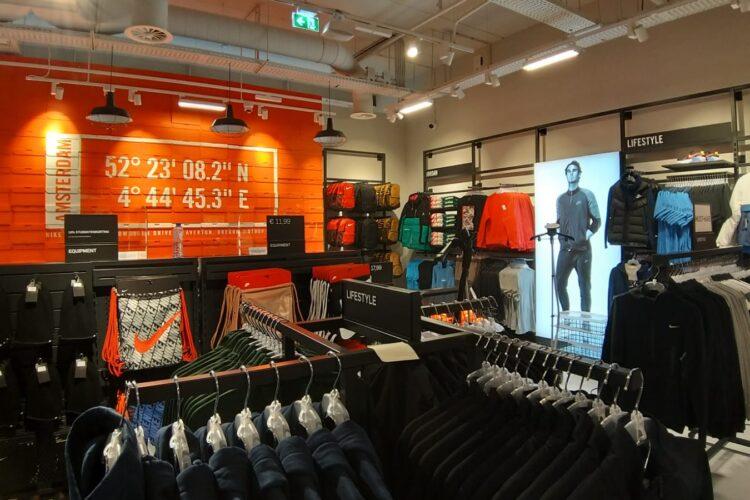Nieuwbouw Sportwinkel in Shoppingcenter Sugar City te Halfweg